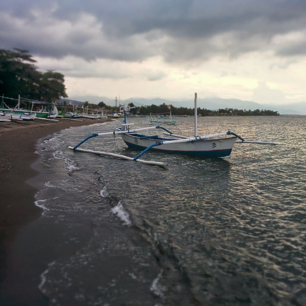 Boats and fishing in Lovina Beach
